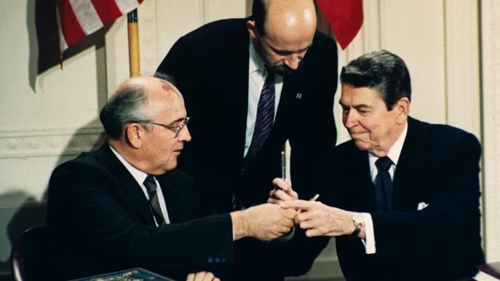 Ronald Reagan, Mikhail Gorbachev